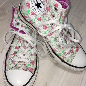 Converse all star pink hearts